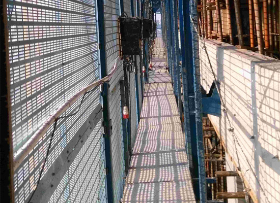 外墙爬架网片厚度